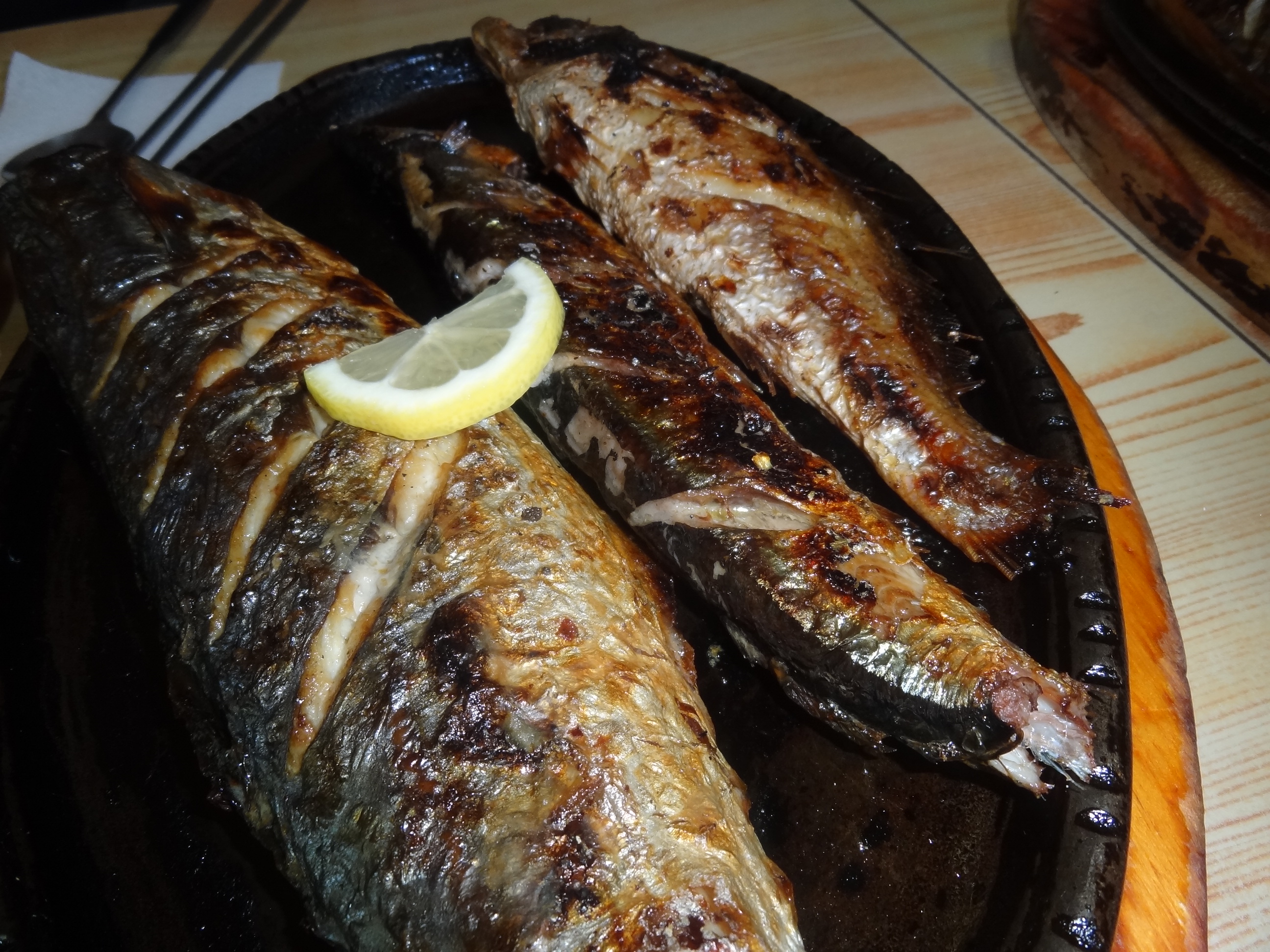 Best grilled fish in korea myfoodandtraveljourneys for The fish grill